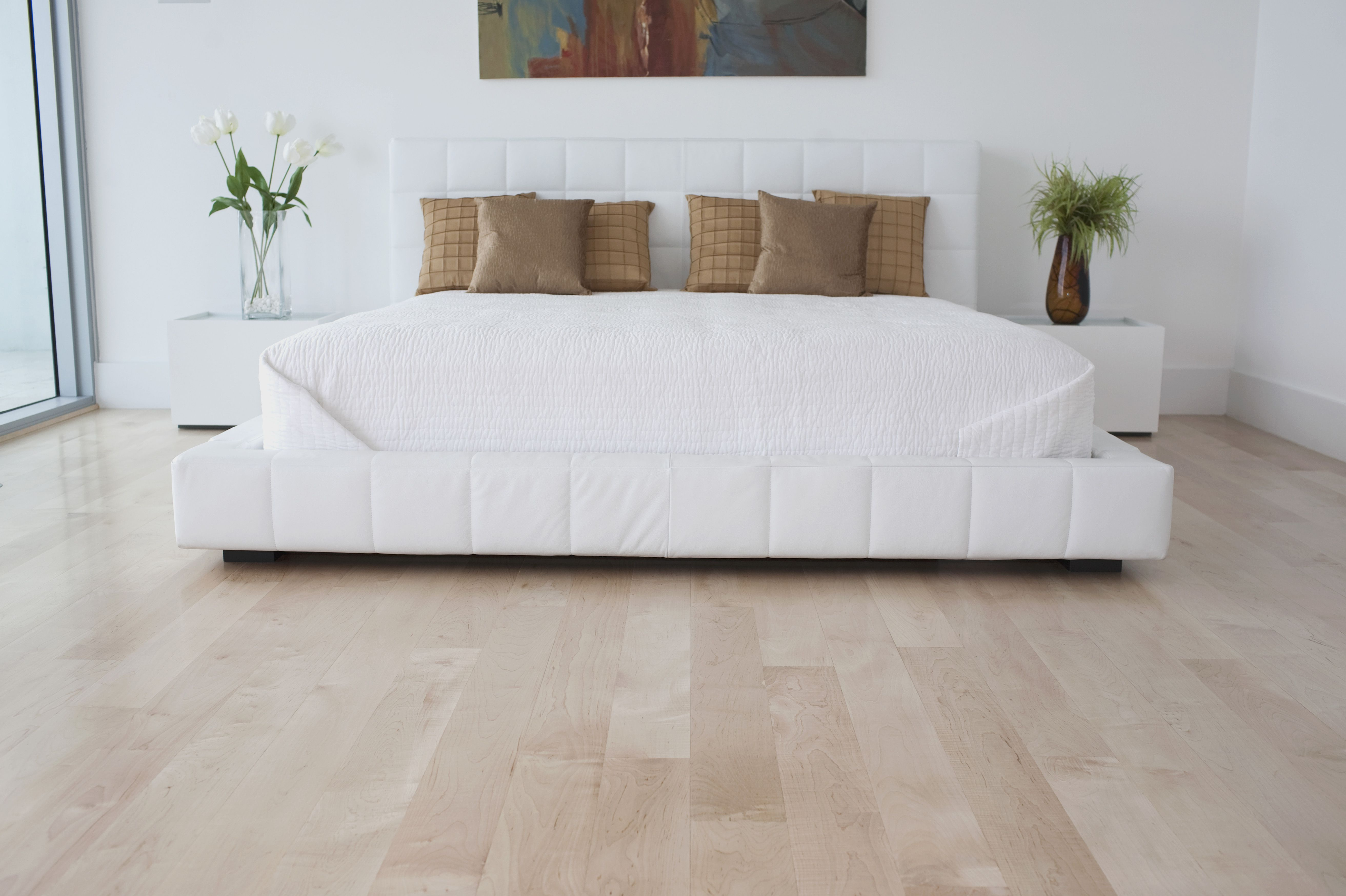 Why Ought to I Select Laminate Flooring?