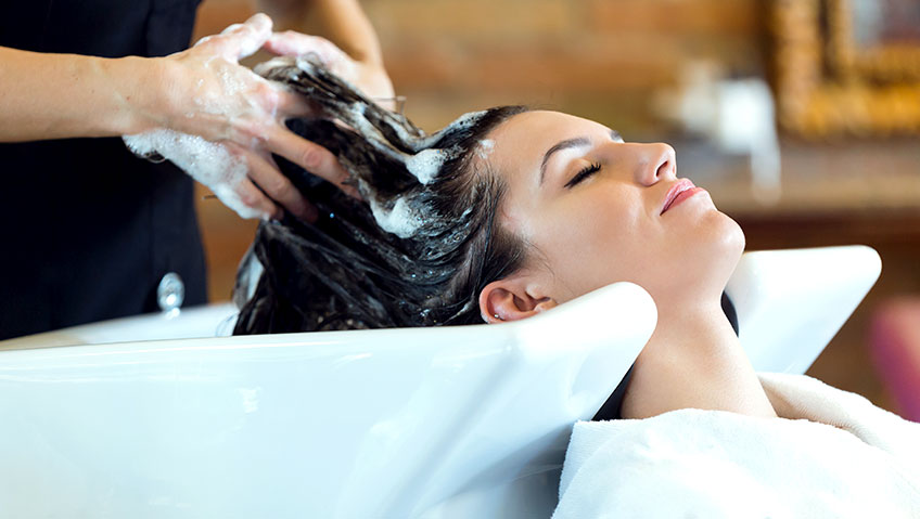 HOW A WATER SOFTENER HELPS YOUR HAIR AND SKIN