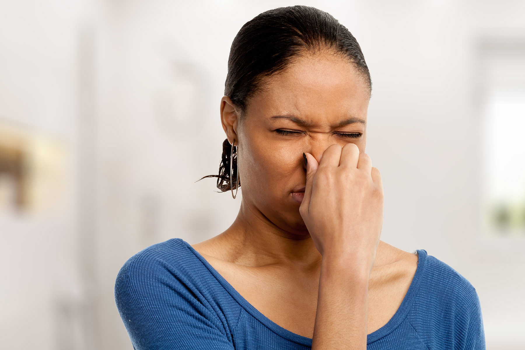 Do Not Ignore These 4 Strange Smells in Your Home